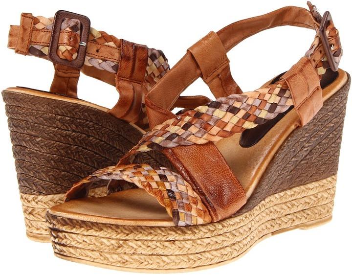 Eric Michael Cove (Tan Multi) - Footwear
