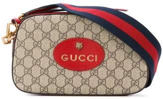 Gucci (グッチ) - Gucci GGスプリーム クロスボディバッグ