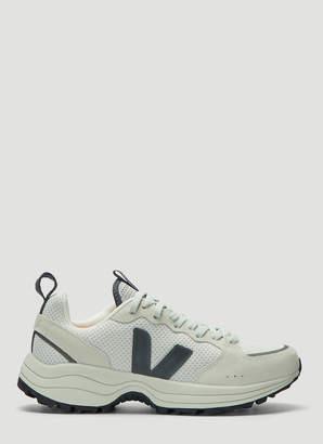 Veja Venturi Sneakers in Grey