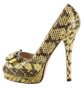 Fendi Snakeskin Bow-Accented Pumps