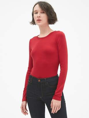 Gap Modern Long Sleeve Crewneck T-Shirt