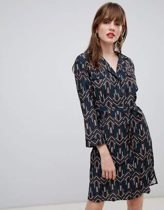 Darling Geo Print Belted Shirt Dress