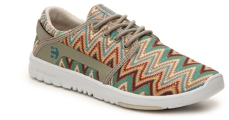 etnies Scout Zig Zag Sneaker - Womens $60 thestylecure.com