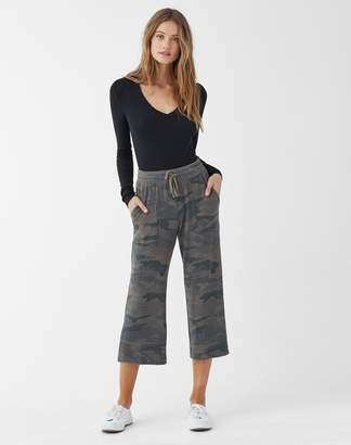 Splendid Super Soft French Terry Camo Crop Pant