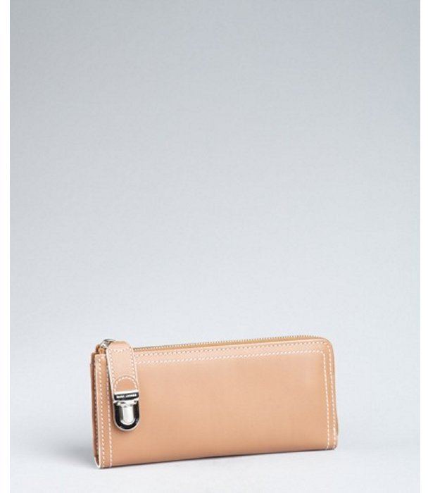 Marc Jacobs beige leather 'Venetia Lex' zip wallet