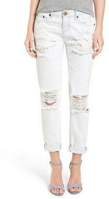Women's One Teaspoon 'Awesome Baggies' Destroyed Boyfriend Jeans $149 thestylecure.com
