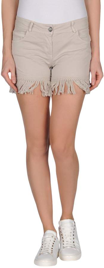 Imperial Star Shorts - Item 36795111