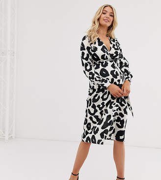 f1bec7ddd942 Asos DESIGN Maternity button through midi dress in abstract animal print