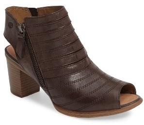 Women's Josef Seibel 'Bonnie 15' Cutout Sandal $159.95 thestylecure.com