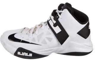 Nike Zoom Lebron Solider VI Sneakers
