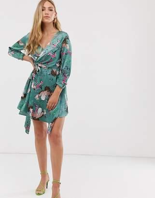 Liquorish wrap dress in heron print