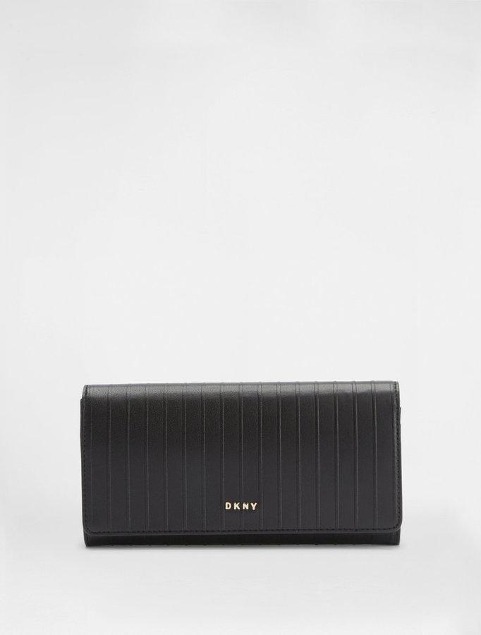 DKNYPinstripe Large Wallet