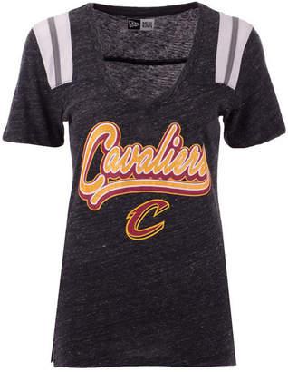 5th & Ocean Women Cleveland Cavaliers Shoulder Stripes T-Shirt