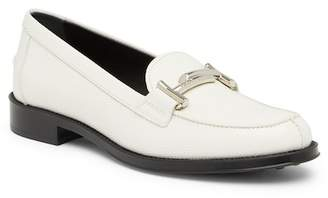 Tod's Round Toe Leather Mocassin