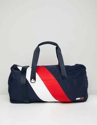 Tommy Hilfiger duffle chevron bag in blue