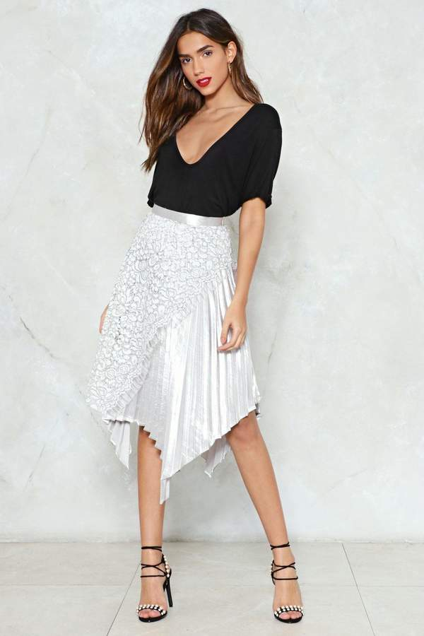 nastygal The Unde-Pleated Champ Midi Skirt