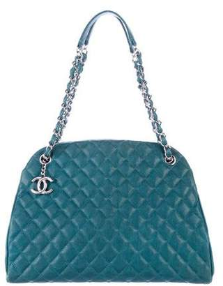 Chanel Caviar Quilted Shoulder Bag