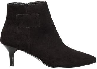 Le Château Women's Pointy Toe Mid Heel Ankle Boot