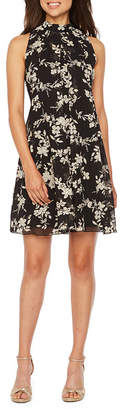 Robbie Bee Sleeveless Foil Floral A-Line Dress