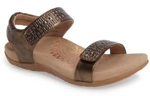Aetrex 'Maria' Sandal