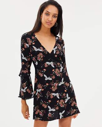 Atmos & Here ICONIC EXCLUSIVE - Inka Flare Sleeve Dress