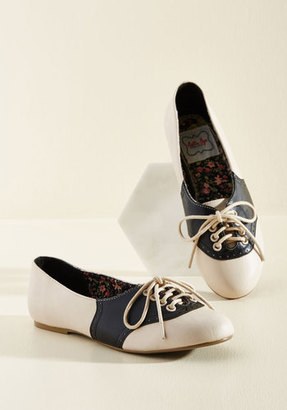 Bettie Page Study Buddies Oxford Flat in Black in 6 $59.99 thestylecure.com