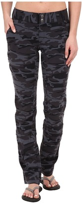Columbia - Saturday Trail Printed Pants Women's Casual Pants $70 thestylecure.com