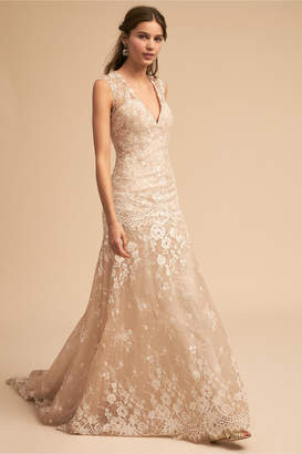 Whispers & Echoes Trevi Gown