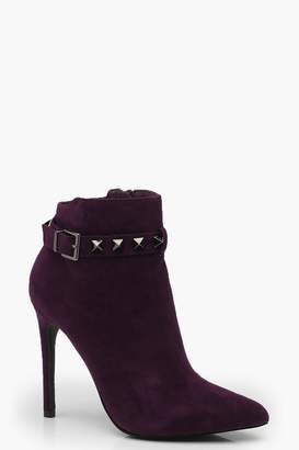 boohoo Evie Pyramid Stud Pointed Toe Shoe Boots