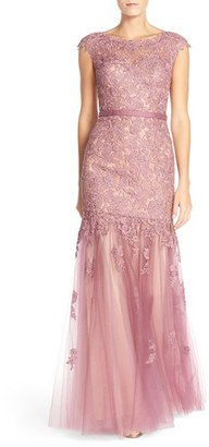 Women's La Femme Lace & Tulle Mermaid Gown $729 thestylecure.com