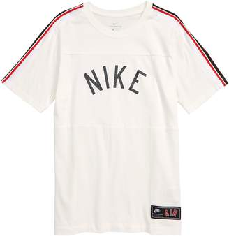 Nike Stripe Sleeve T-Shirt