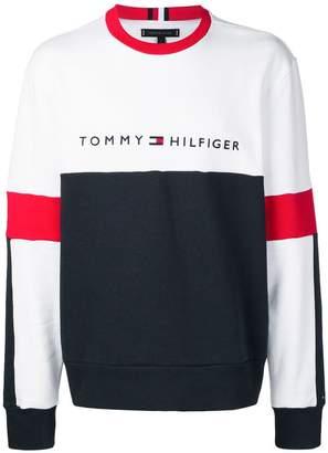 7c42847475 Tommy Hilfiger logo embroidered sweatshirt