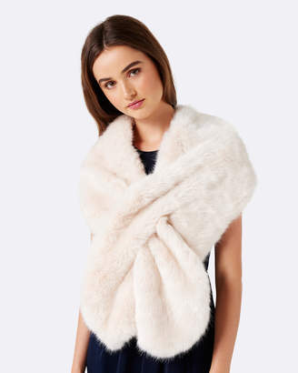 Forever New Laura Faux Fur Wrap
