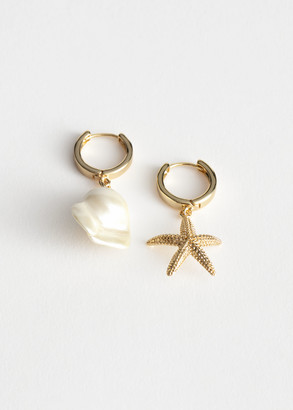 And other stories Mismatch Seashell Hoop Earrings