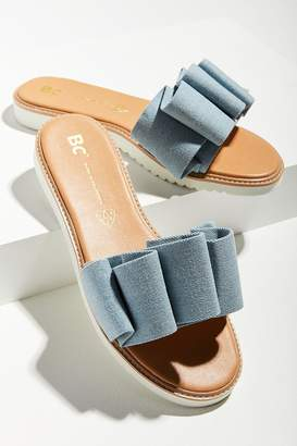 BC Footwear Fun For All Ages Ruffled Slide