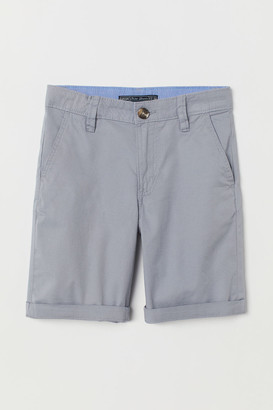 H&M Generous Fit Chino shorts