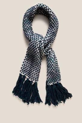 francesca's Amy Cable Knit Scarf - Navy