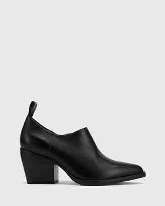 Keisha Pointed Toe Block Heel Booties