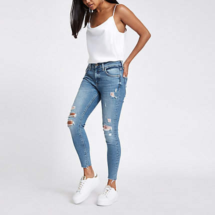 Womens Petite mid Blue Amelie ripped chainmail jeans