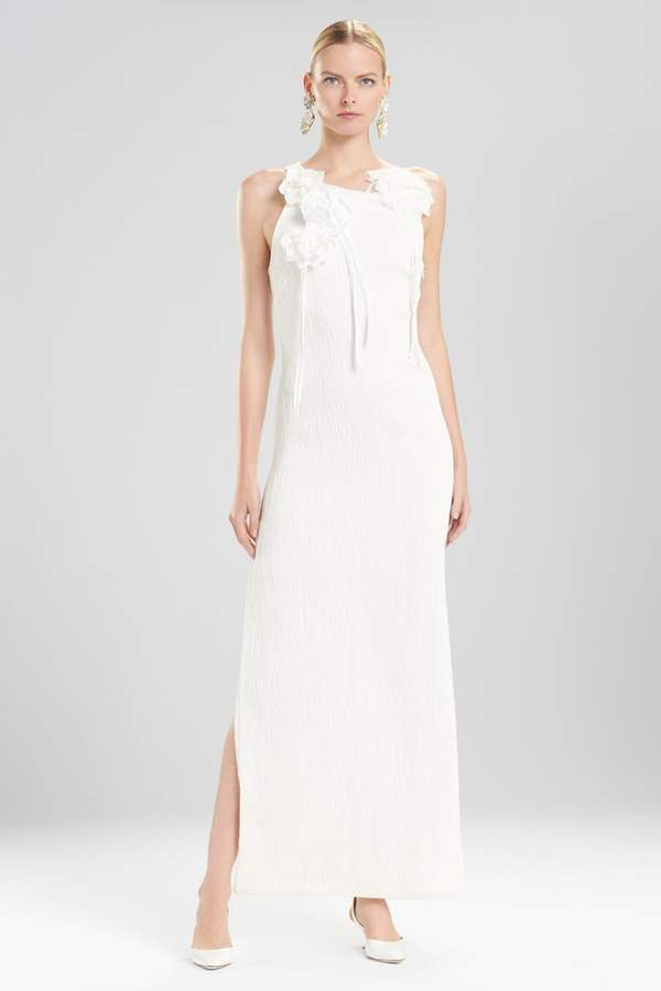Natori Josie Plisse Gown With Corsage – Shop Playsuitsandmore