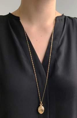 Monica Rich Kosann 18K Large Pinstripe Locket Necklace