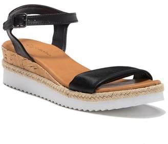 Ziginy Imogene White Sole Sandal