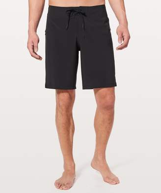 "Lululemon Current State Short *9"" Updated"