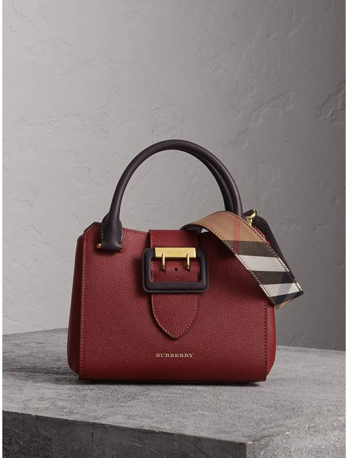 Burberry The Small Buckle Tote in Two-tone Leather