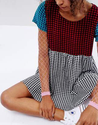 Asos Oversized Fishnet Sleeves in Bright Pink
