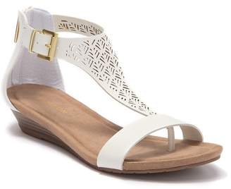 Kenneth Cole Reaction Great City 3 Short Wedge Sandal