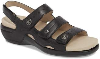 Aravon Three Strap Sandal