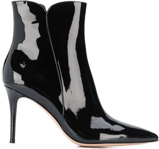 Gianvito Rossi pointed toe booties