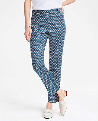 Ann Taylor The Cotton Crop Pant in Geo Diamond - Curvy Fit
