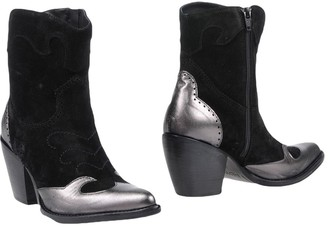 Alexander Hotto Ankle boots - Item 11451723WS